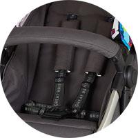 5-точечные ремни безопасности с мягкими накладками